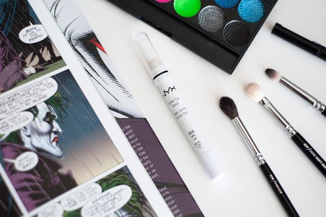 Jumbo eye pencil nyx mlle mademoiselle nostalgeek l'astuce pour un maquillage intense base à paupière blanche palette sleek acid