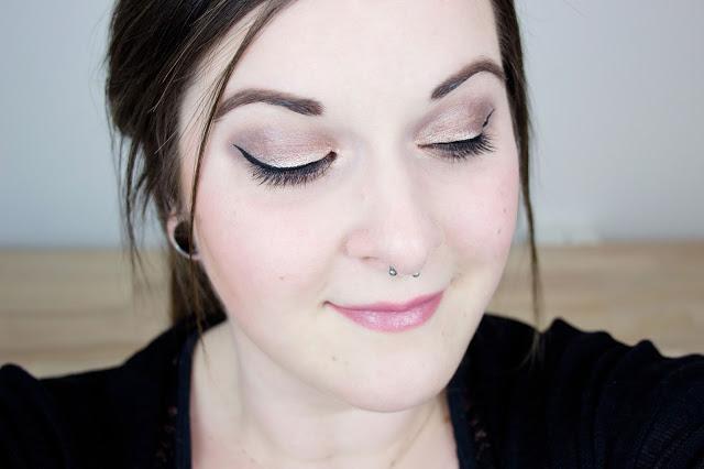 fards jumbo en stick essence blog beauté mlle nostalgeek test look maquillage yeux