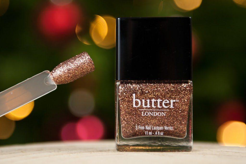 mes produits favoris pour les fêtes de fin d'année maquillage beauté vernis à ongles Butter London Bit Faker nail polish