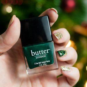 manucure festive pour noel nail art sapin de noel scitillante
