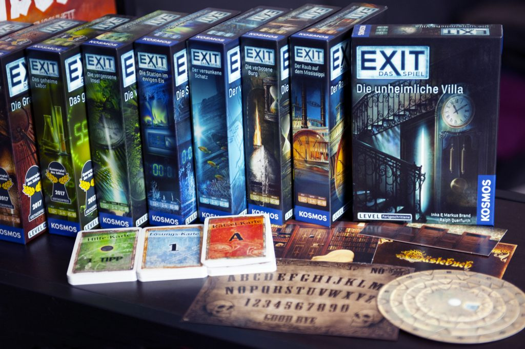 Exit le jeu de société escape room en boîte blog j2s ludothèque loisirs geek matériel de jeu à jeter