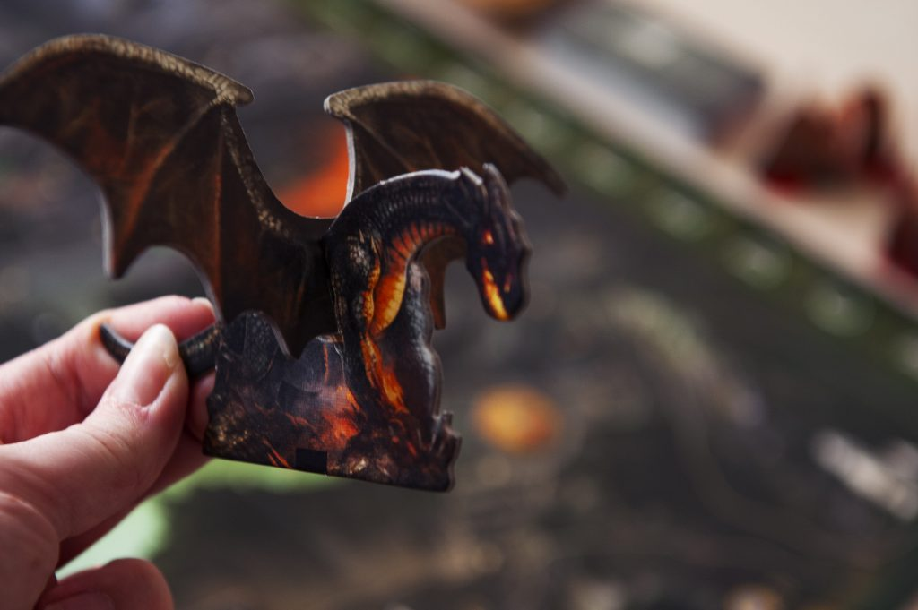 andor le jeu de plateau narratif illustrations monstres dragon