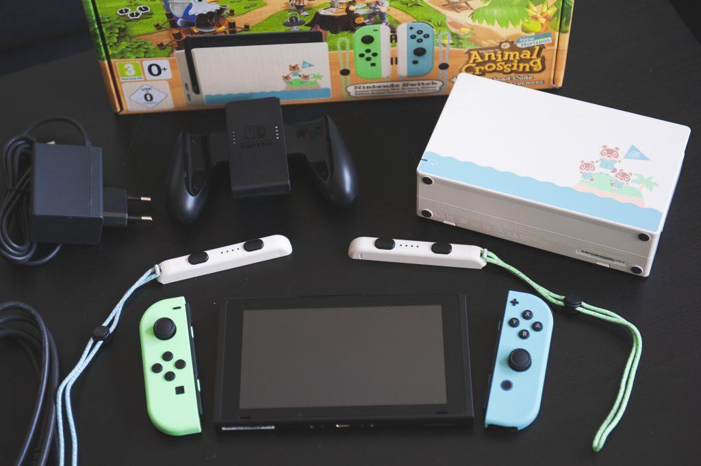 Nintendo Switch édition limitée Animal Crossing New Horizons contenu de la boîte